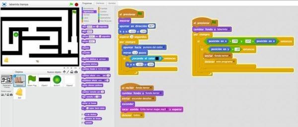 Pasillo secreto laberinto trampa en Scratch